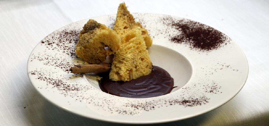 M. Grazia Soncini - Panettone con Budino di cioccolato al Rum