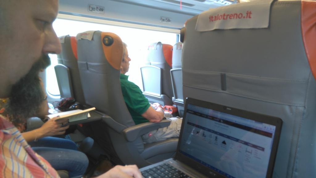 Destinazione Roma. Si lavora anche in treno.